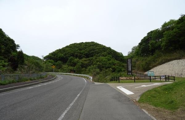 あわじ石の寝屋緑地1.JPG