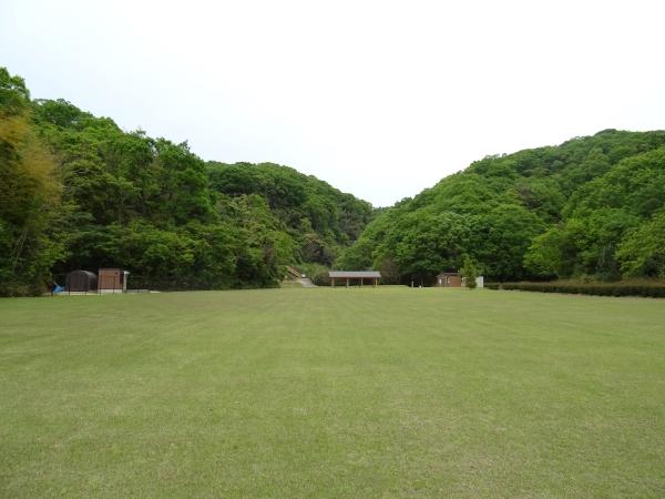 あわじ石の寝屋緑地20.JPG