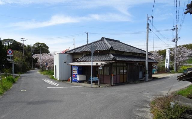 堺バス停3.jpg