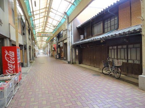 洲本アーケード街10.JPG