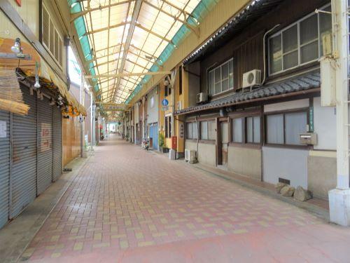 洲本アーケード街13.JPG
