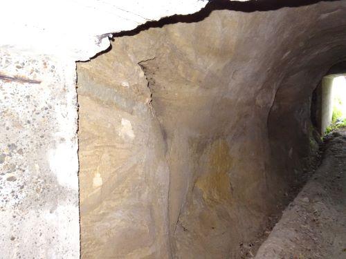 素掘りトンネル11.JPG